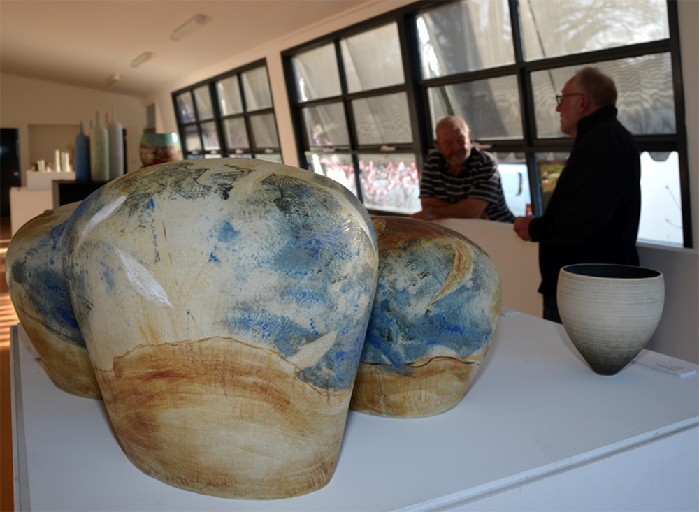 Clunes Ceramic Award Exhibition of 2015 Finalists